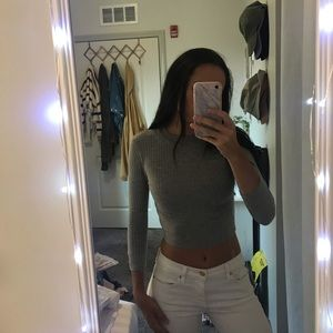 urban outfitters gray long sleeve